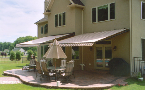Retractable Awning & Flagraphics | Awnings Canopies Banners Flags Signs Graphics